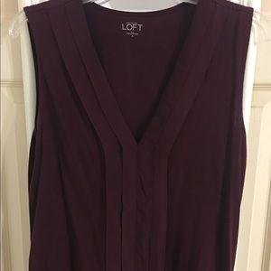 Burgundy sleeveless shirt